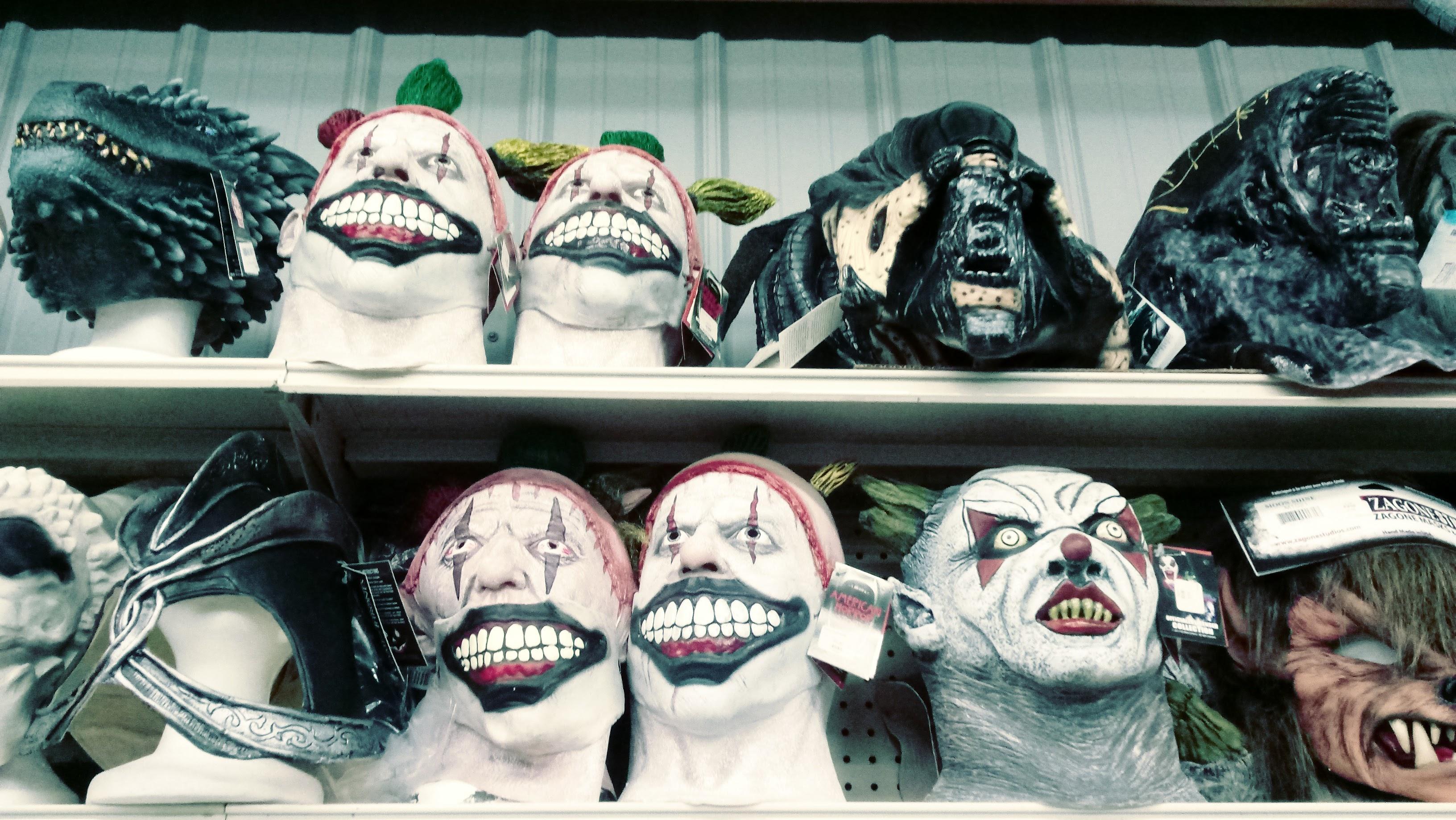 nick nackery alien evil clown werewolf scary monster dragon masks