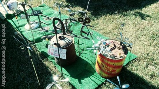 YART1019_scrap-garden-bugs-crazy_sandpaperdaisy